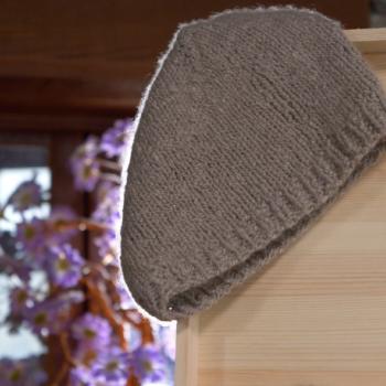 berretto contenuto nella confezione brunilde